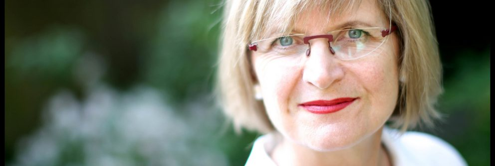jancis robinson visits the new zealand cellar scaled 992x334 1